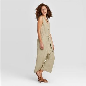 A NEW DAY NWT sleeveless linen jumpsuit medium